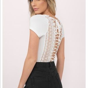 Brand new: White lace-up back t-shirt by TOBI